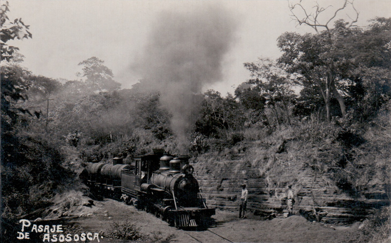 Asososca postcard with loco passing through cut